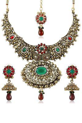 image of Leonine Designer Imitation Necklace Set