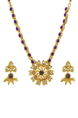 image of Stylish Golden Color Alloy Necklace