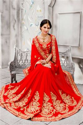 image of Off White-Red Color Designer Alluring Printed Sari