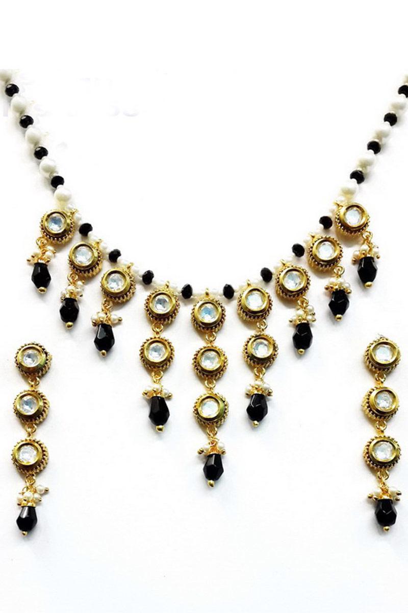 Fancy Imitation Black Traditional Necklace Set