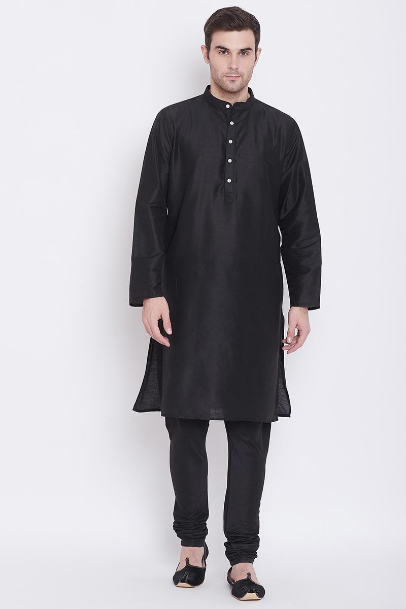 Sangeet Wear Kurta Pyjama In Black Color For Men