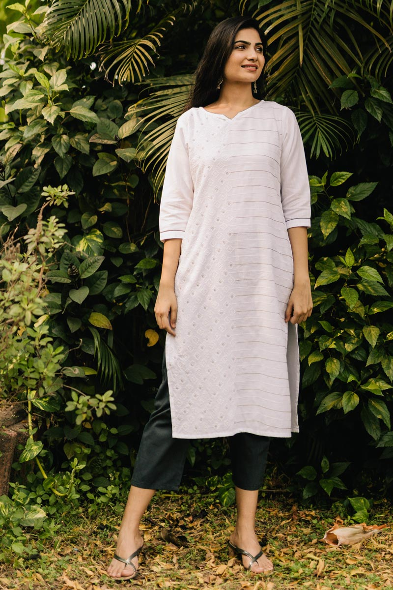 Exclusive White Color Round Neck Embroidered Kurta With Bottom