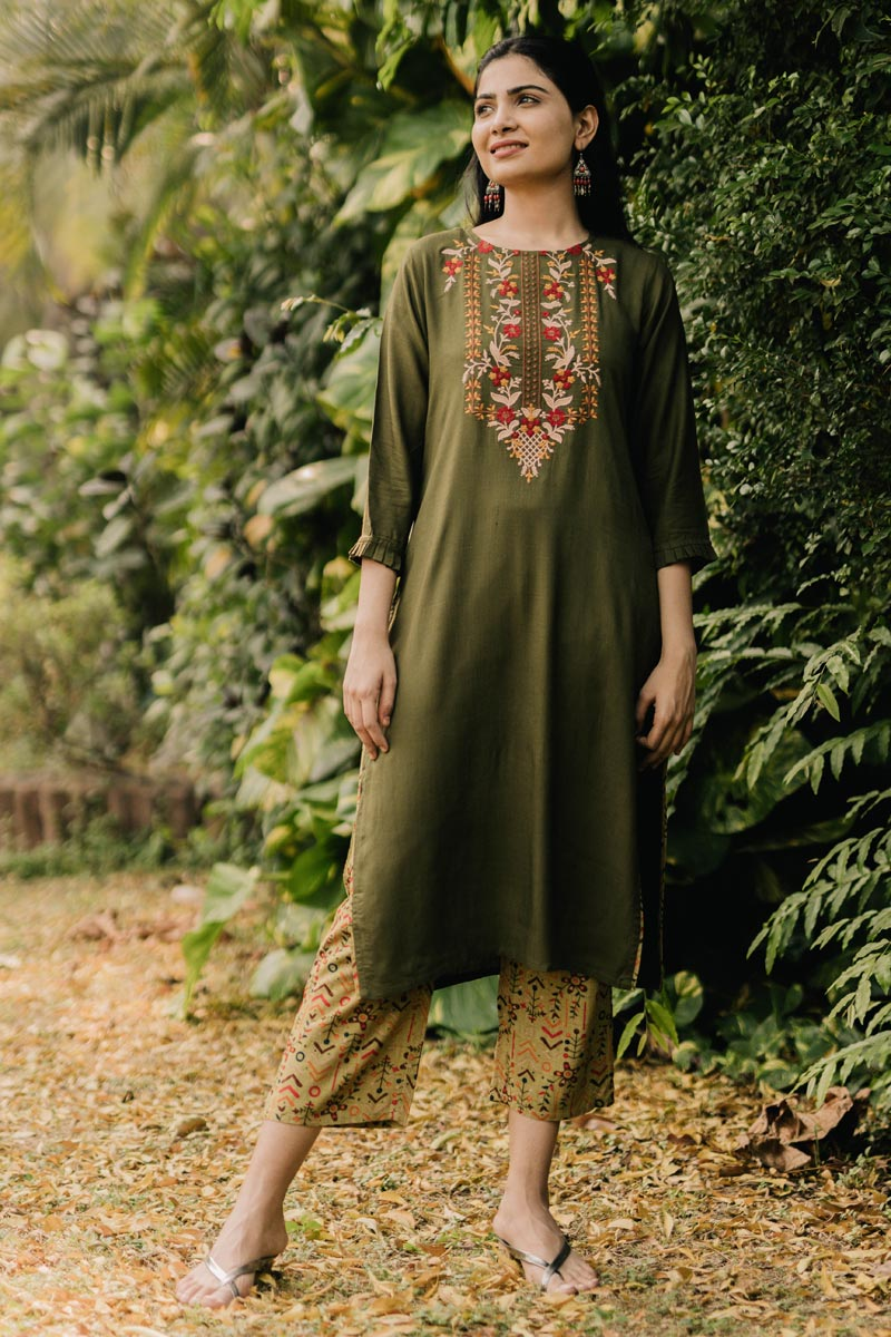 Exclusive Mehendi Green Color Round Neck Embroidered Kurta With Bottom