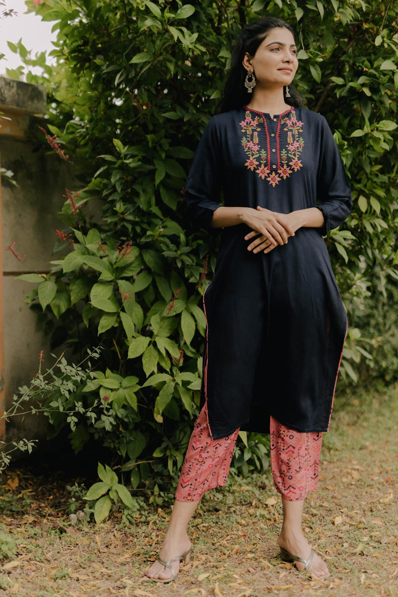 Exclusive Navy Blue Color Round Neck Embroidered Kurta With Bottom