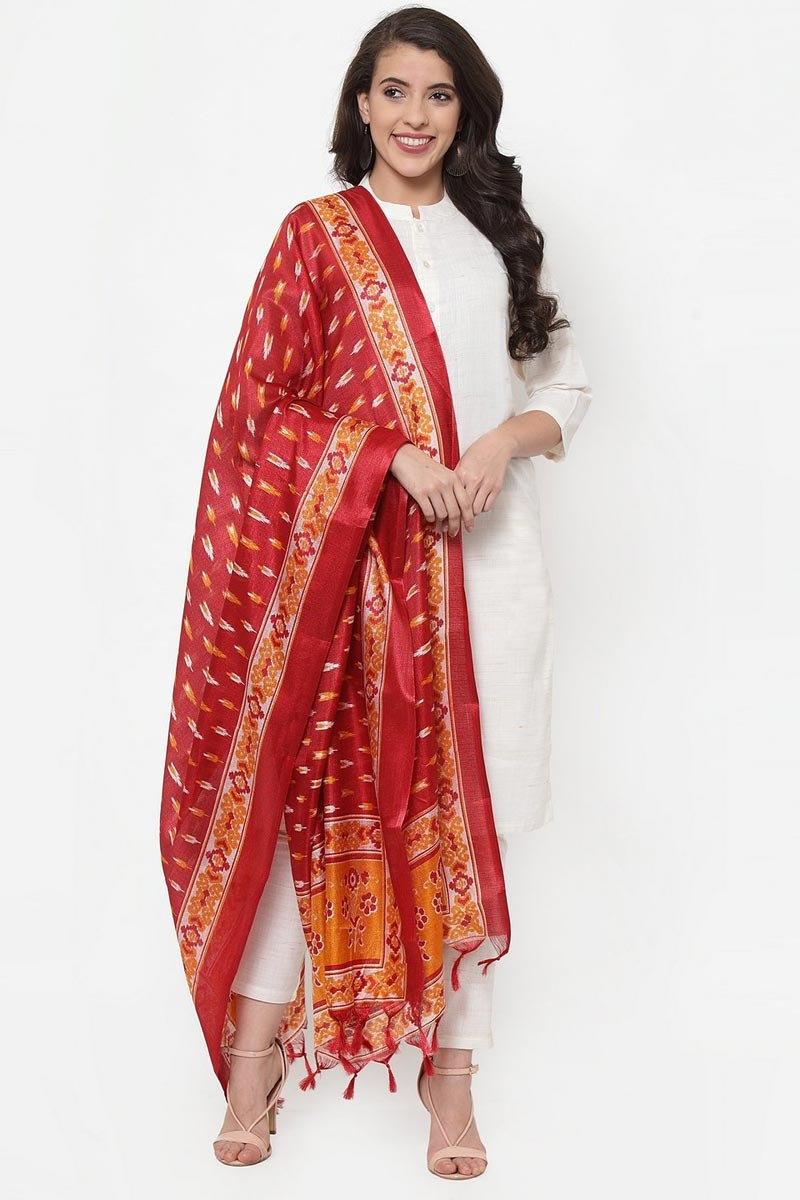 Exclusive Off White Color Cotton Fabric Solid Kurti With Trousers And Dupatta