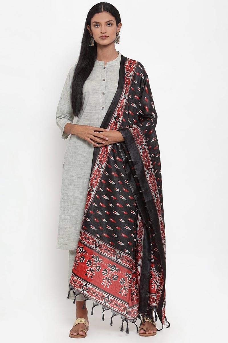 Exclusive Grey Color Solid Salwar Suit In Cotton Fabric
