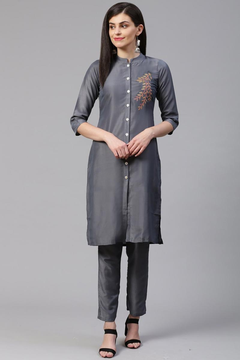 Exclusive Casual Wear Fancy Grey Color Kurti With Bottom In Cotton Silk Fabric