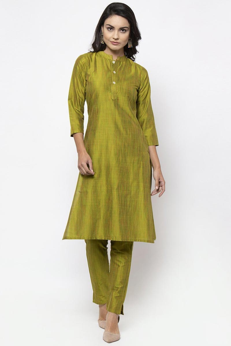Exclusive Casual Wear Green Color Cotton Fabric Kurti With Bottom