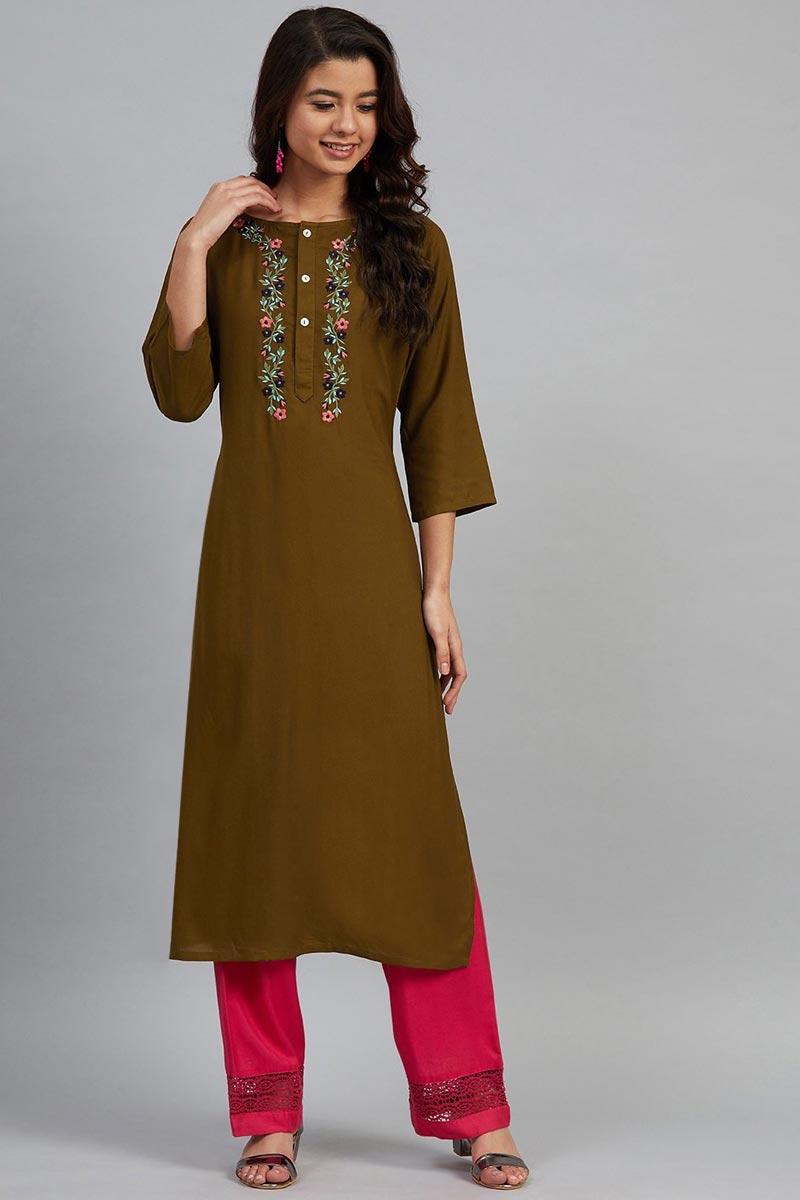 Exclusive Regular Wear Rayon Fabric Kurti In Mehendi Green Color