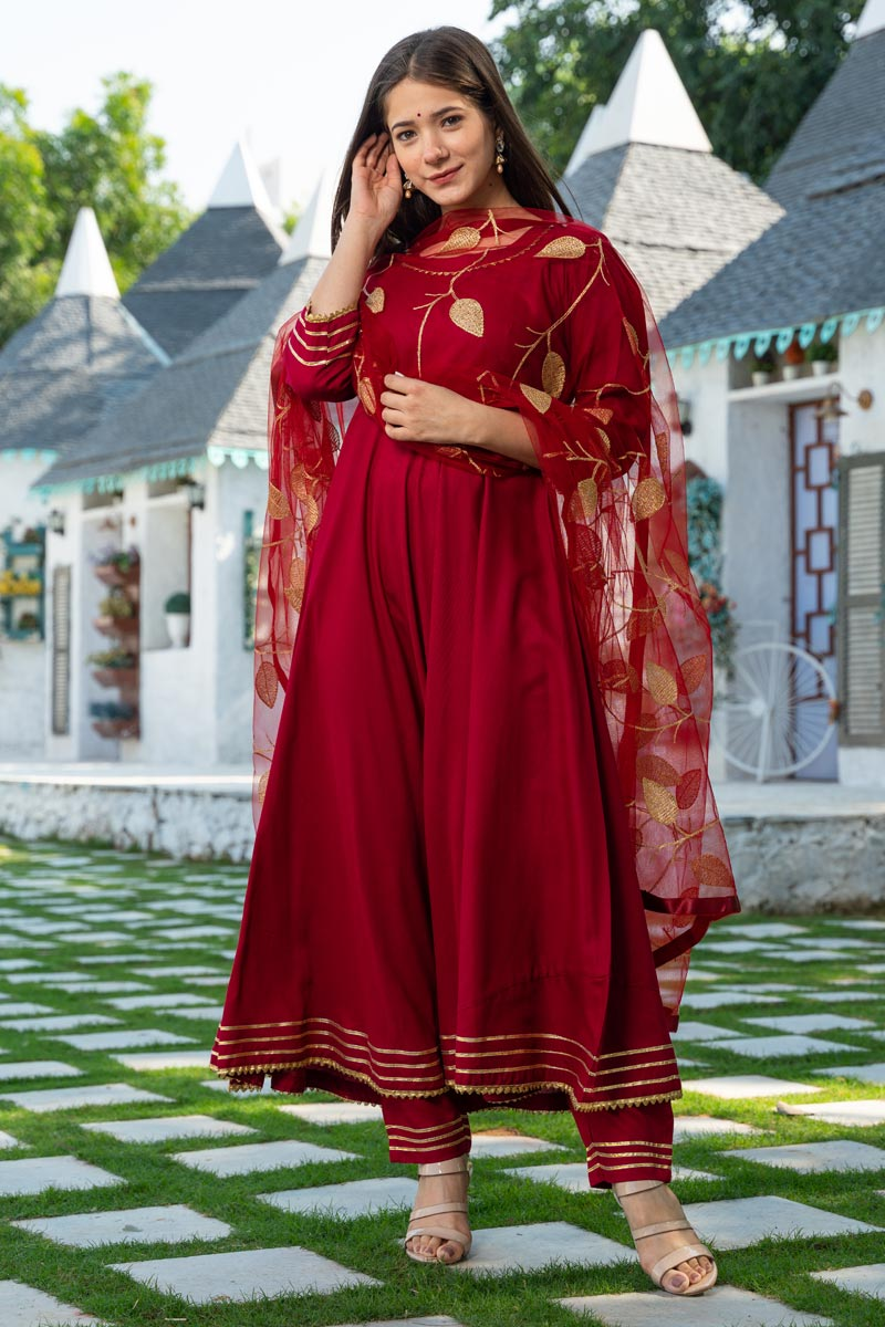 Exclusive Readymade Maroon Color Kurti With Dupatta