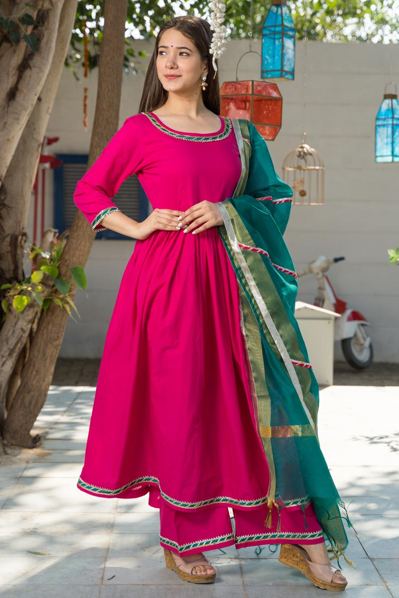 Exclusive Readymade Rani Color Kurti With Dupatta
