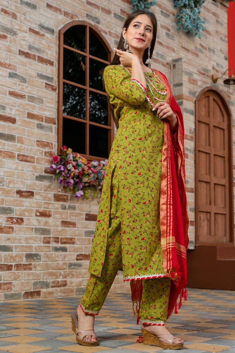 Exclusive Readymade Green Color Floral Print Kurti With Dupatta