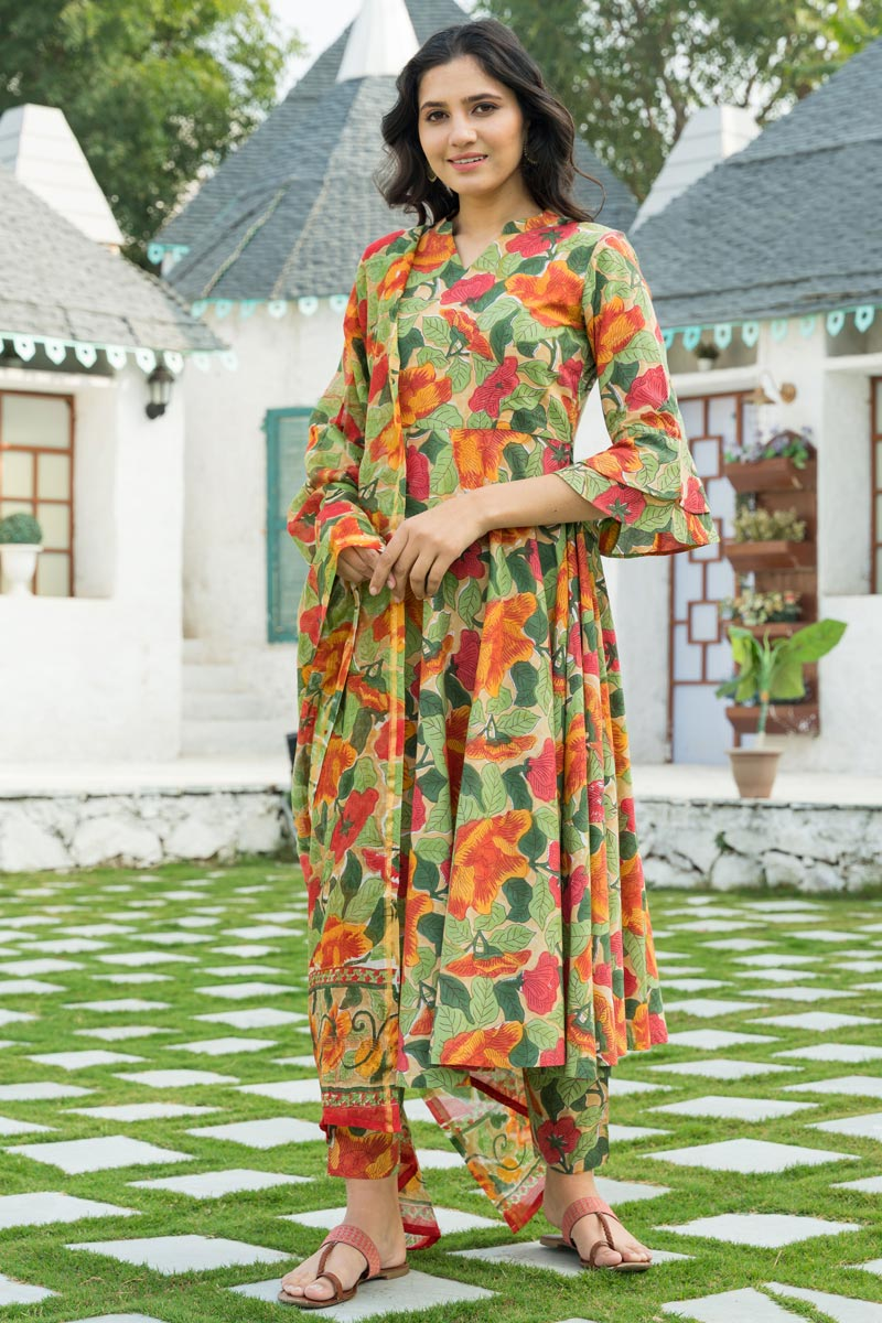 Exclusive Green Color Printed Kurta Set With Dupatta In Cotton Fabric