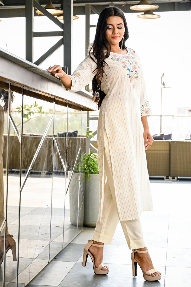 Exclusive Stylish Office Wear Straight Cut Kurti In Off White Color Cotton Fabric