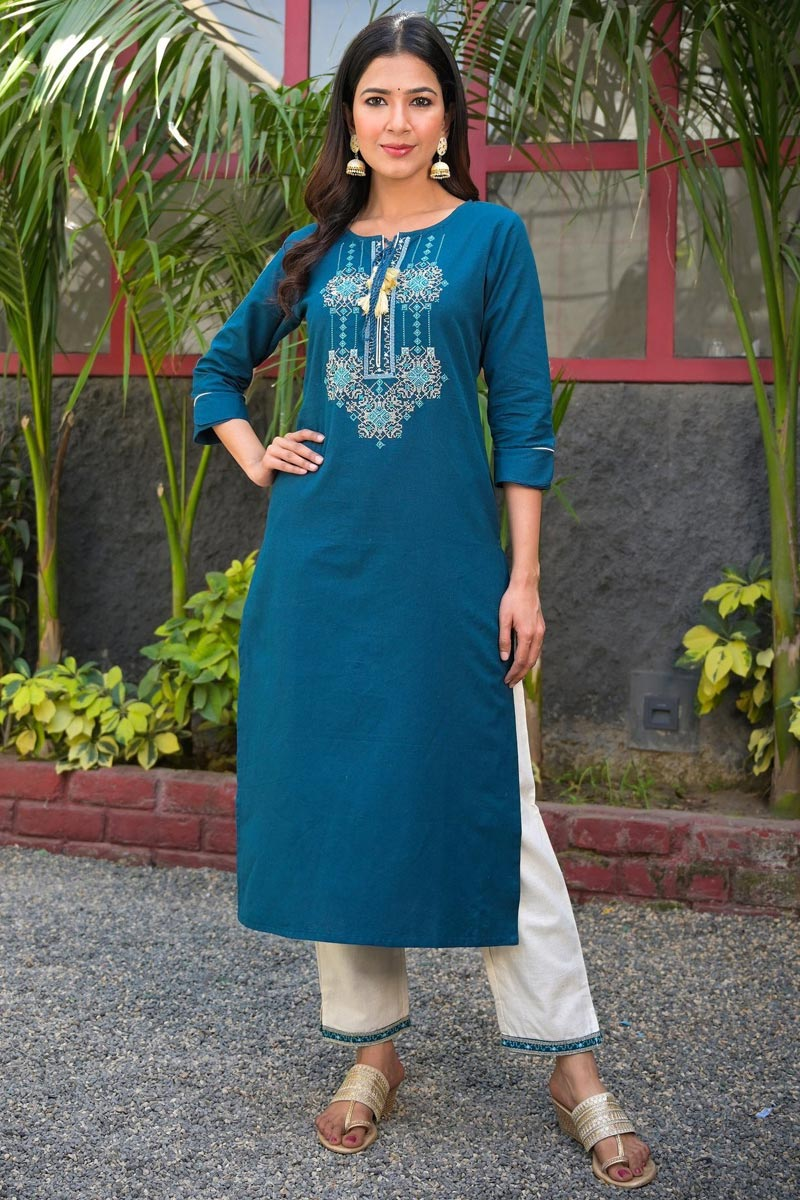 Exclusive Trendy Office Wear Straight Cut Kurti In Navy Blue Color Cotton Fabric
