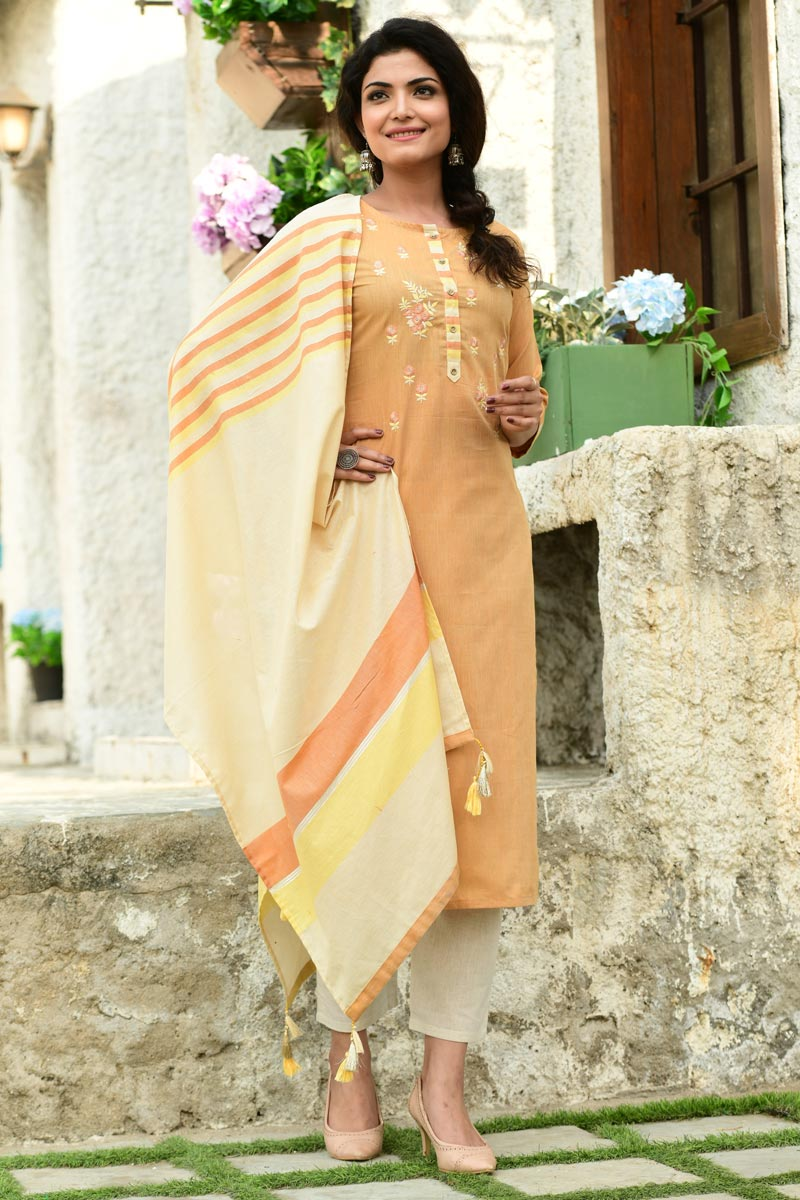 Exclusive Casual Wear Cotton Fabric Readymade Salwar Suit In Orange Color