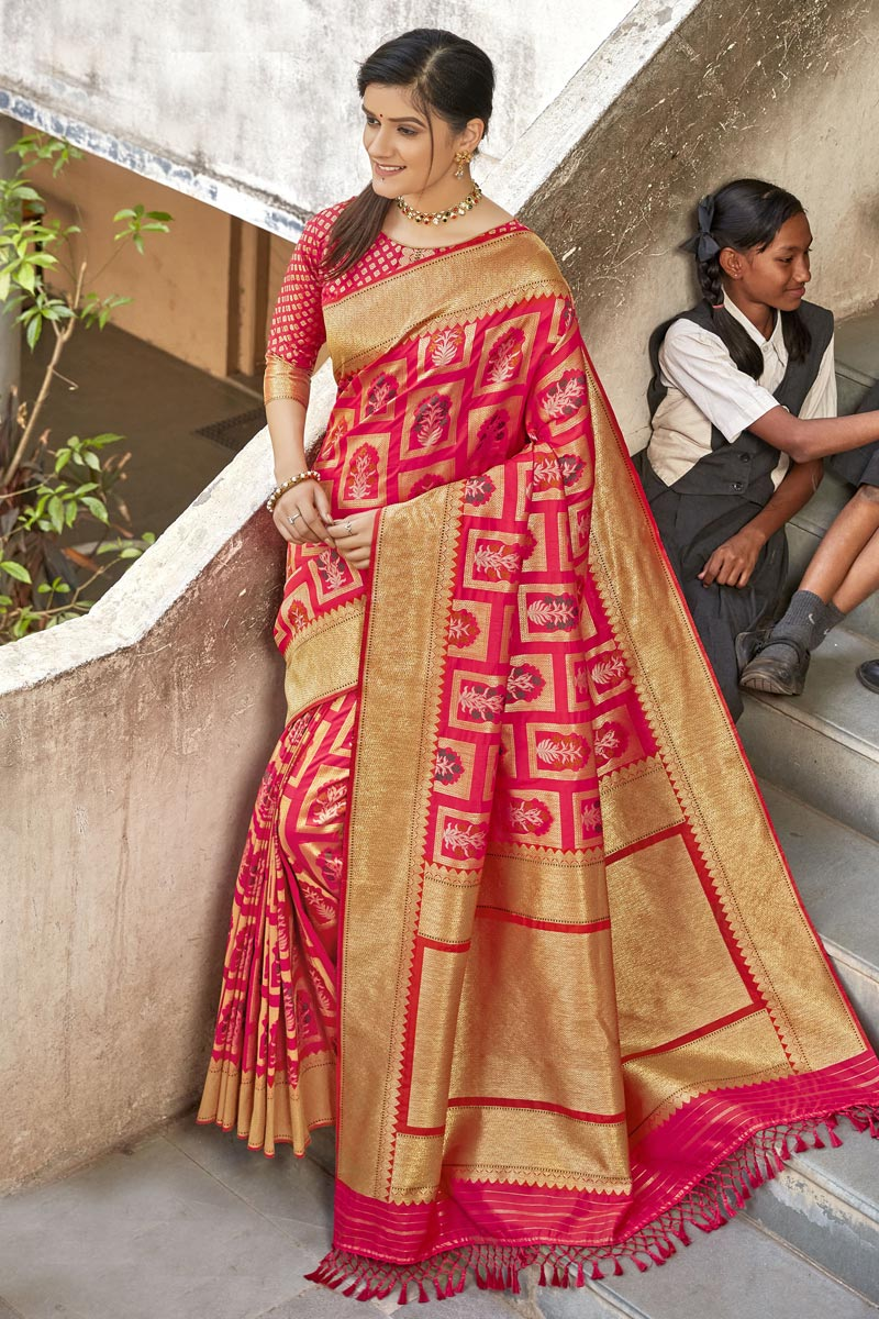 Trendy Red Color Art Silk Fabric Reception Wear Saree
