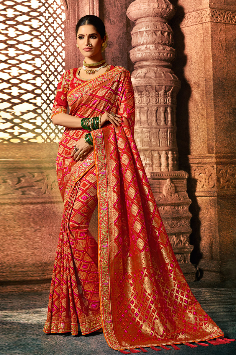 Red Color Art Silk Fabric Wedding Wear Saree With Weaving Work And Gorgeous Blouse