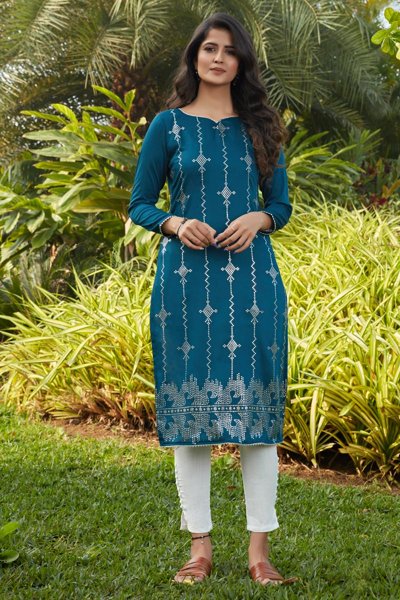 Teal Color Daily Wear Kurti In Cotton Fabric