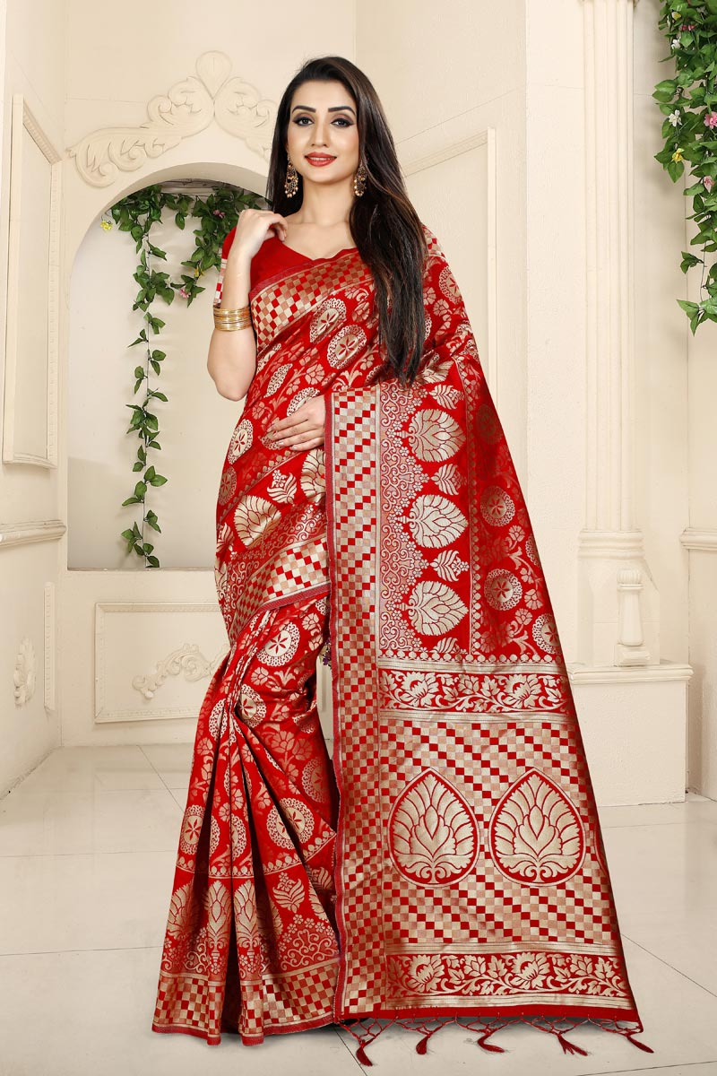 Weaving Work Designs On Red Color Function Wear Saree In Banarasi Silk Fabric With Classic Blouse
