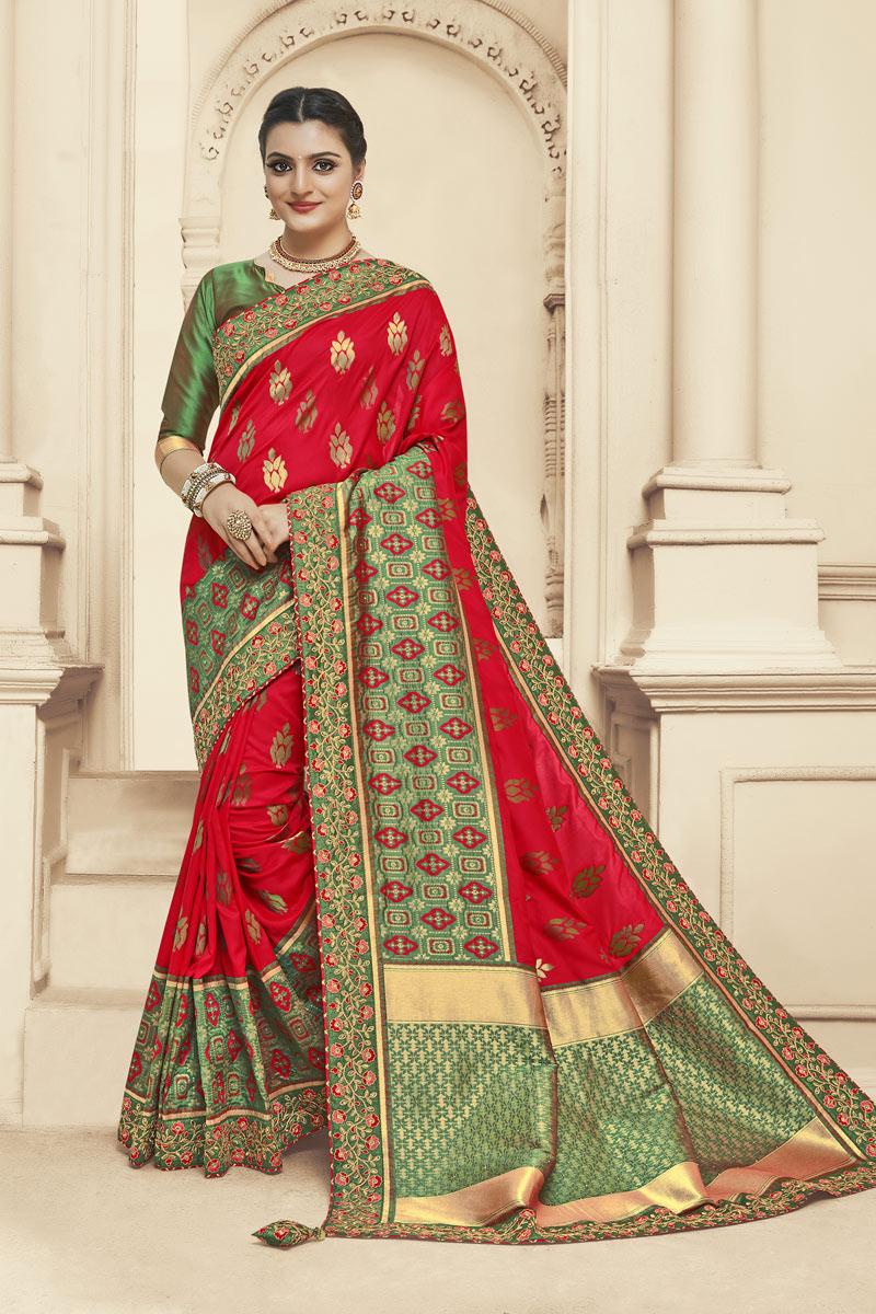 Festive Special Red Color Banarasi Silk Fabric Wedding Wear Saree With Jacquard Work
