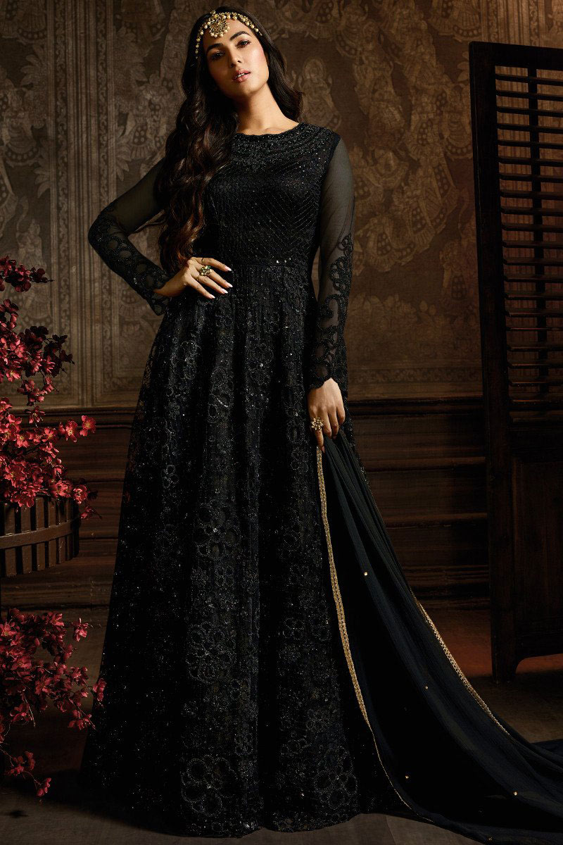 Sonal Chauhan Featuring Black Color Embroidered Net Fabric Party Wear Anarkali Salwar Kameez