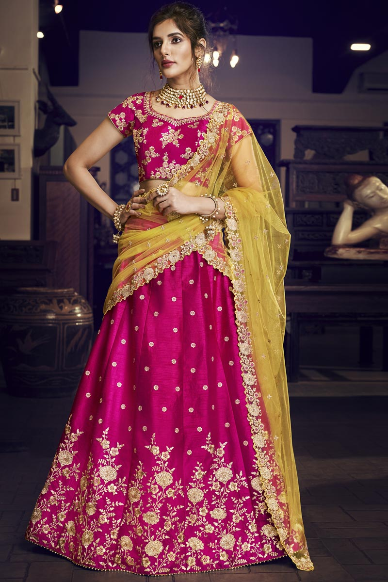 Rani Color Reception Wear Designer Embroidered Lehenga