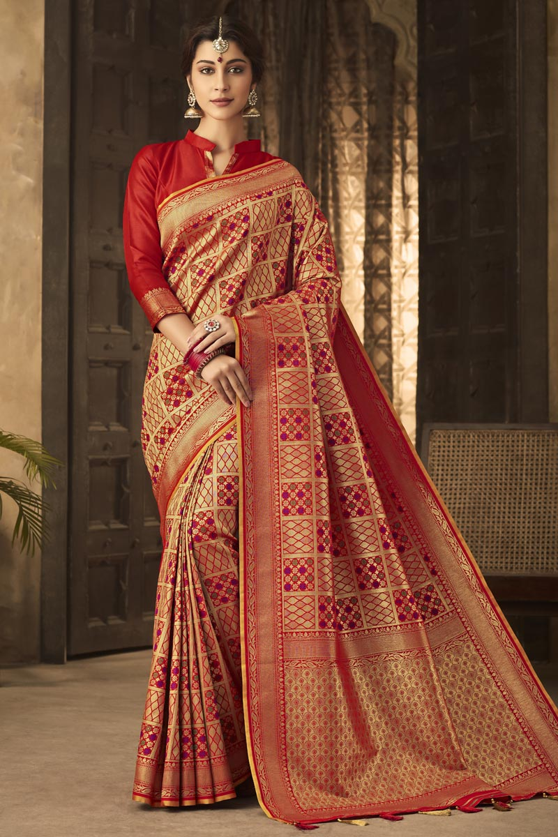 Art Silk Fabric Classic Office Party Wear Red Color Weaving Work Saree