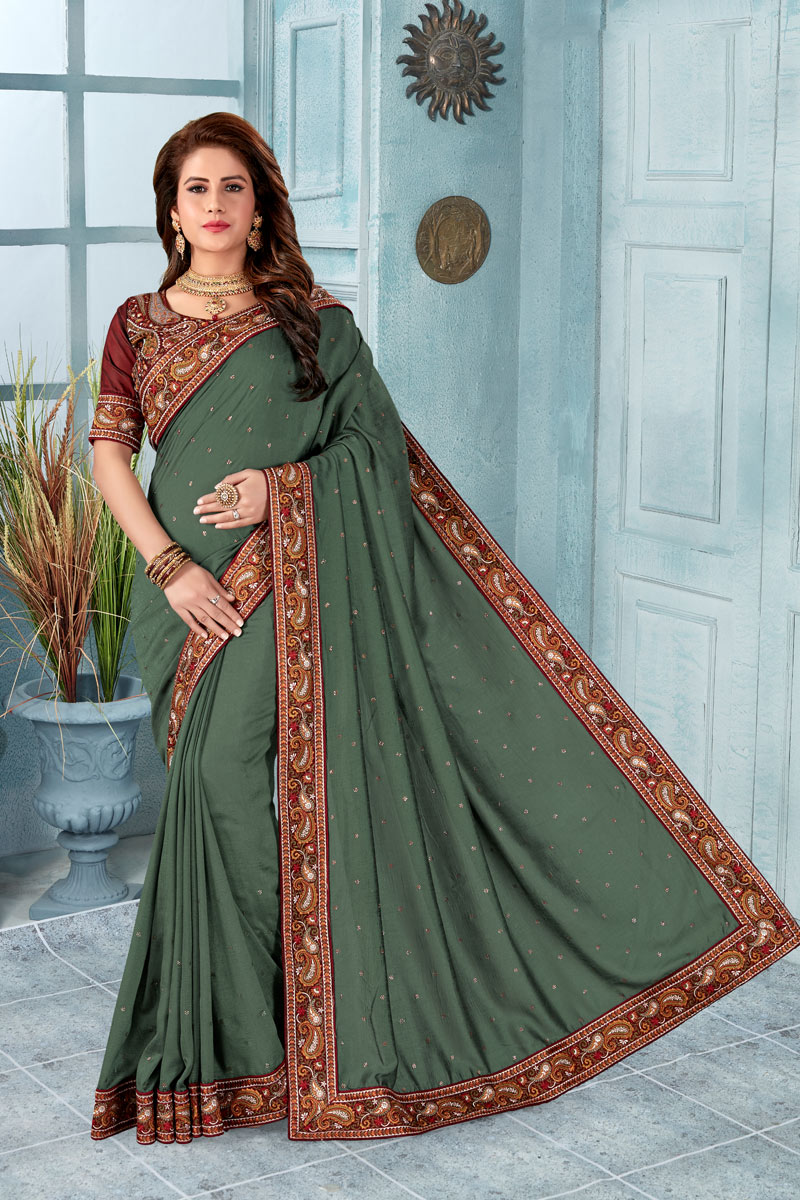 Art Silk Fabric Dark Grey Color Designer Saree With Border Work And Gorgeous Blouse