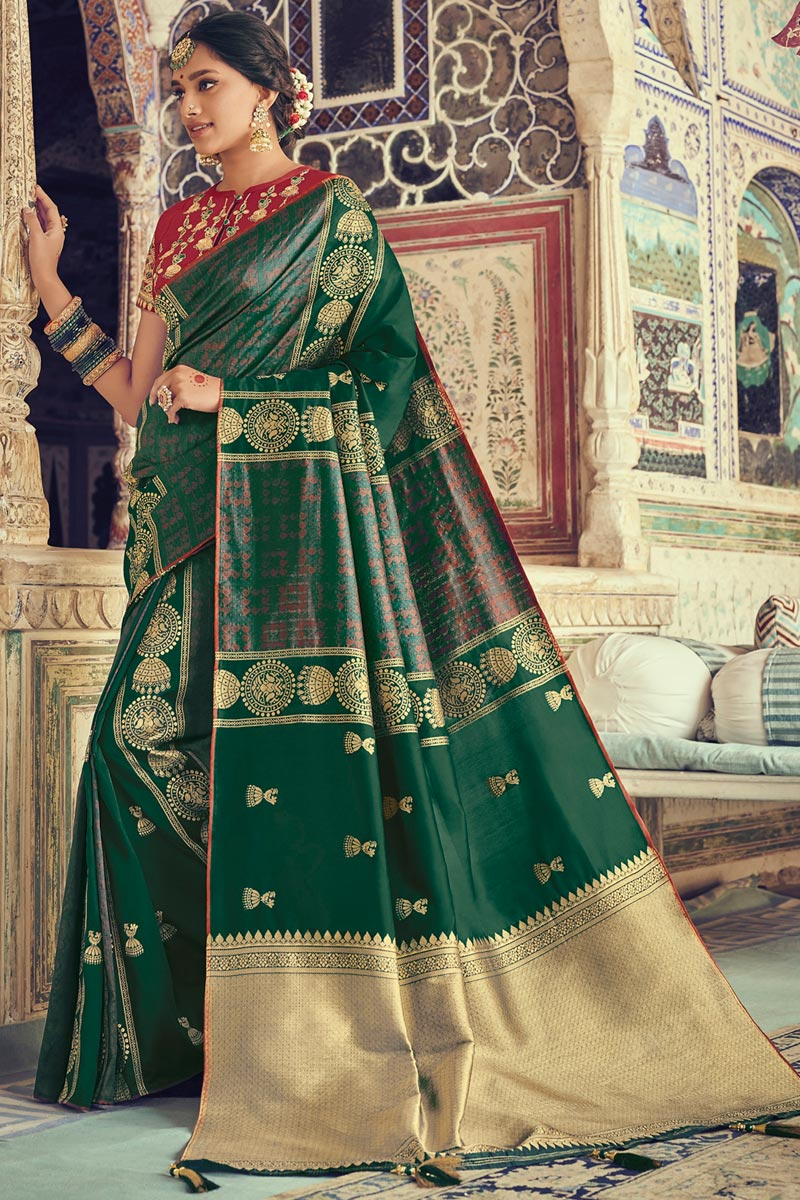 Eid Special Art Silk Fabric Dark Green Color Festive Wear Saree With Jacquard Work And Attractive Blouse