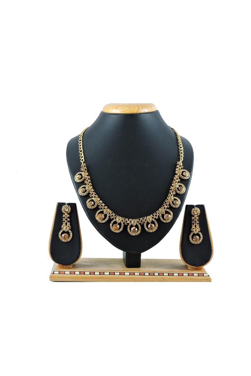 Designer Golden Color Artificial Necklace In Alloy Metal