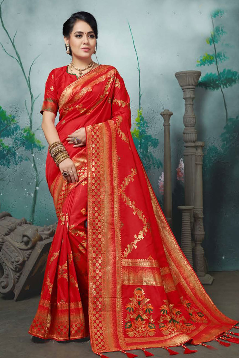 Red Color Designer Party Wear Saree In Banarasi Silk Fabric With Weaving Work