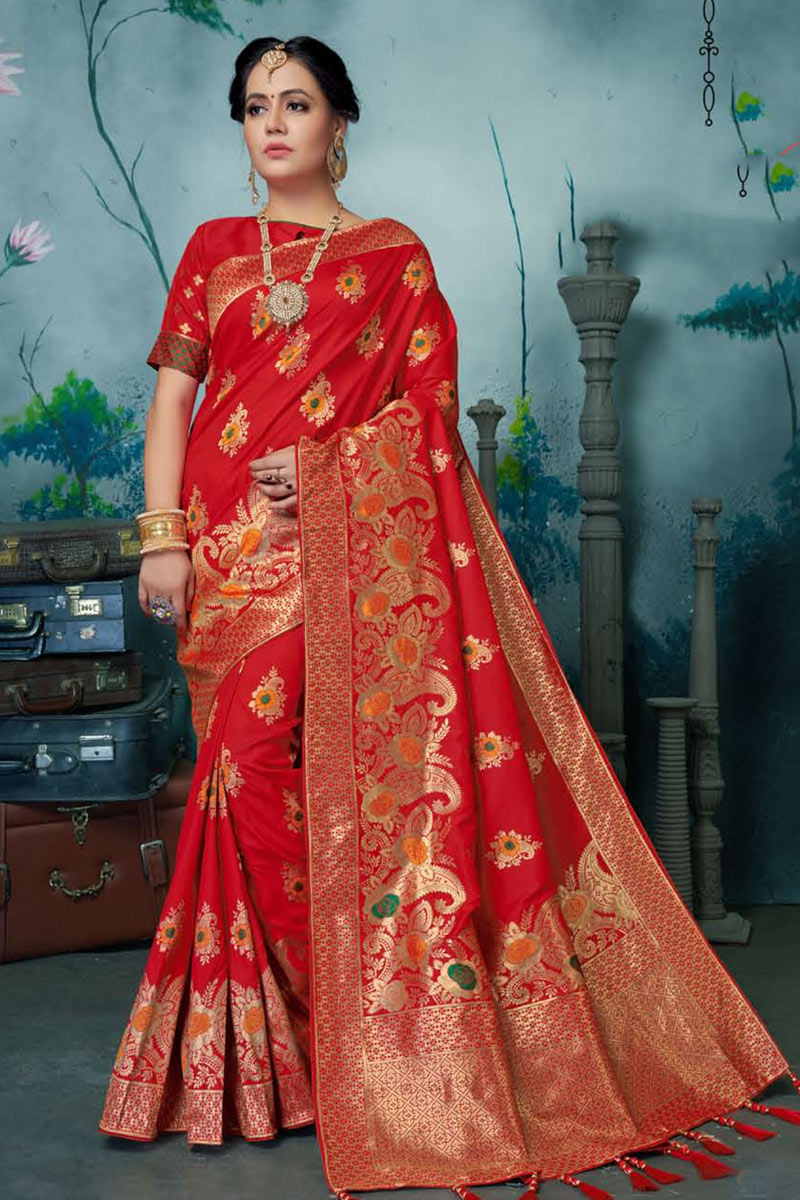 Banarasi Silk Fabric Weaving Work Designs On Red Color Reception Wear Saree With Attractive Blouse