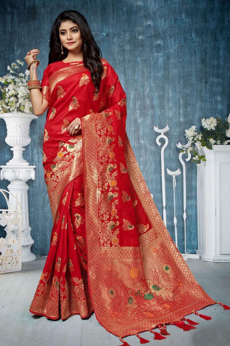Weaving Work On Banarasi Silk Fabric Red Saree For Mehendi Ceremony