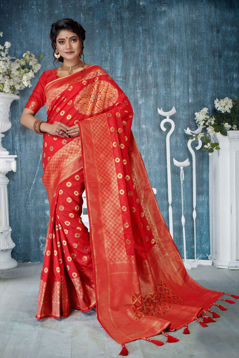 Red Color Designer Saree In Banarasi Silk With Weaving Work Designs And Attractive Blouse