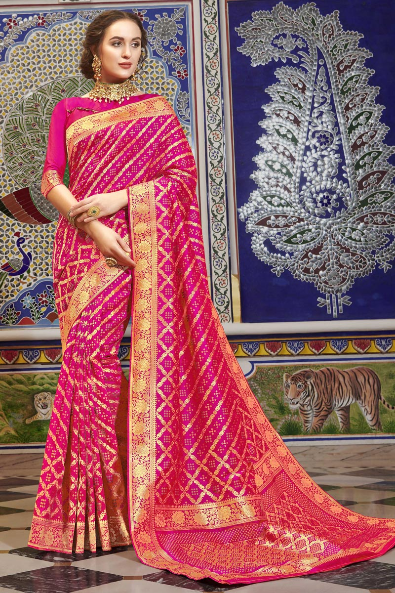 Art Silk Rani Color Function Wear Elegant Weaving Work Saree