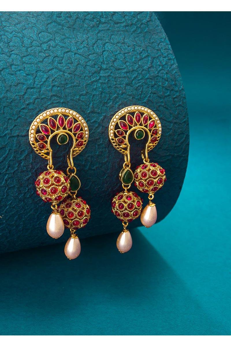Sangeet Wear Lovely Alloy Metal Golden Color Earrings
