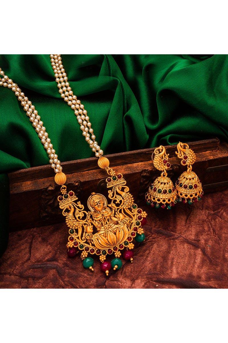 Golden Color Alloy Metal Festive Wear Classy Necklace Set