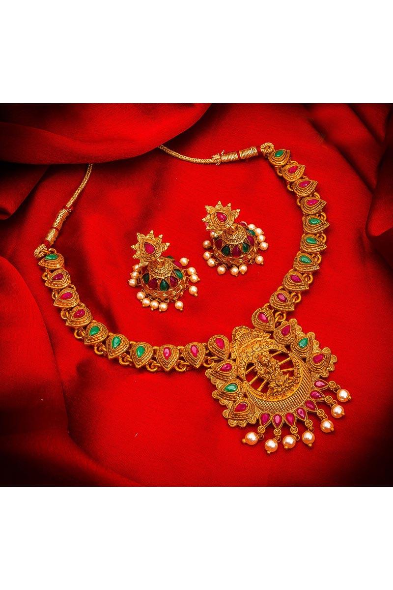 Traditional Wear Gorgeous Alloy Metal Golden Color Necklace Set