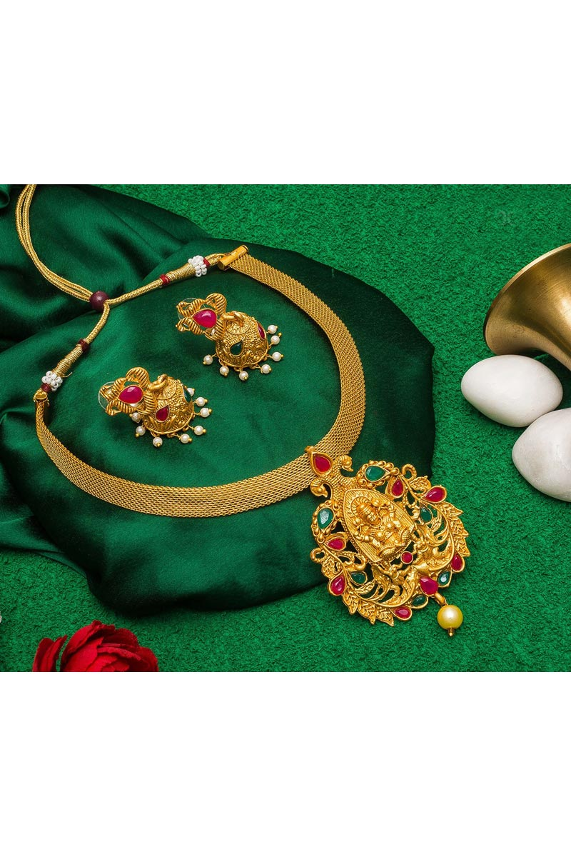 Alloy Metal Golden Color Traditional Wear Classy Necklace Set