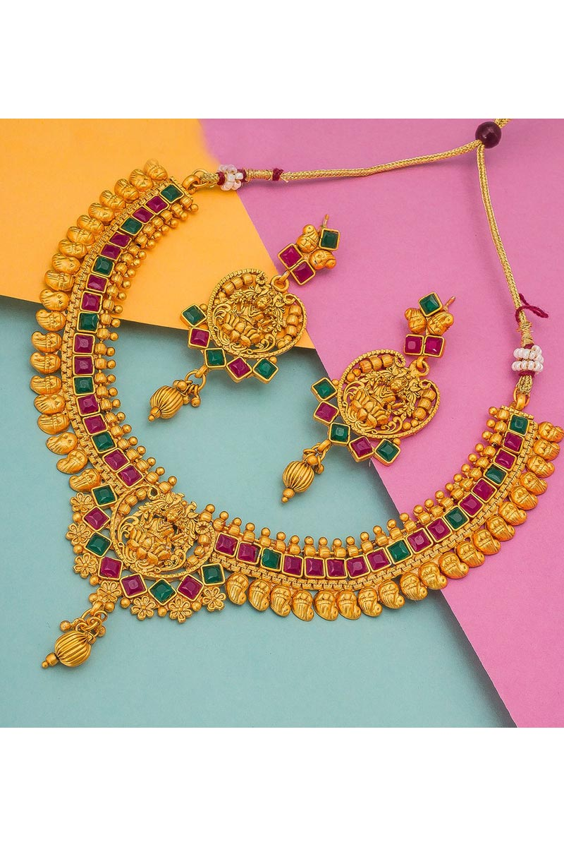 Golden Color Alloy Metal Traditional Wear Classy Necklace Set