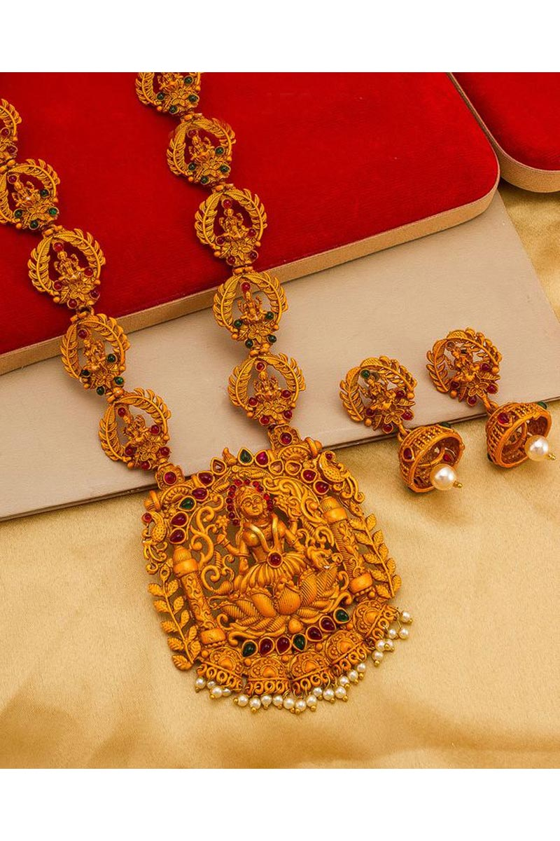 Alloy Metal Golden Color Puja Wear Lovely Necklace Set