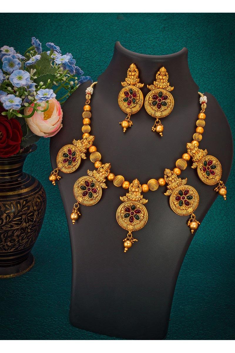 Preety Reception Wear Golden Color Alloy Metal Necklace Set