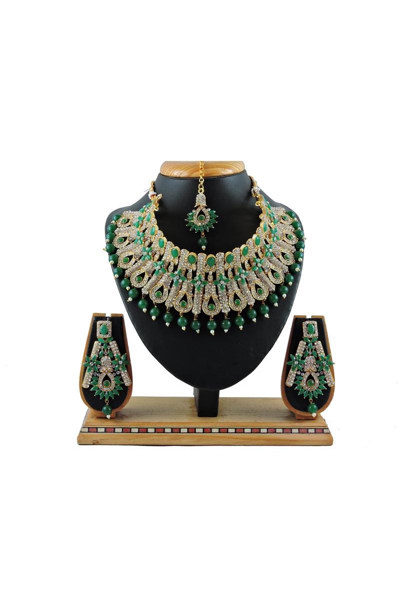 Alloy Metal Green Color Function Wear Fancy Necklace Set
