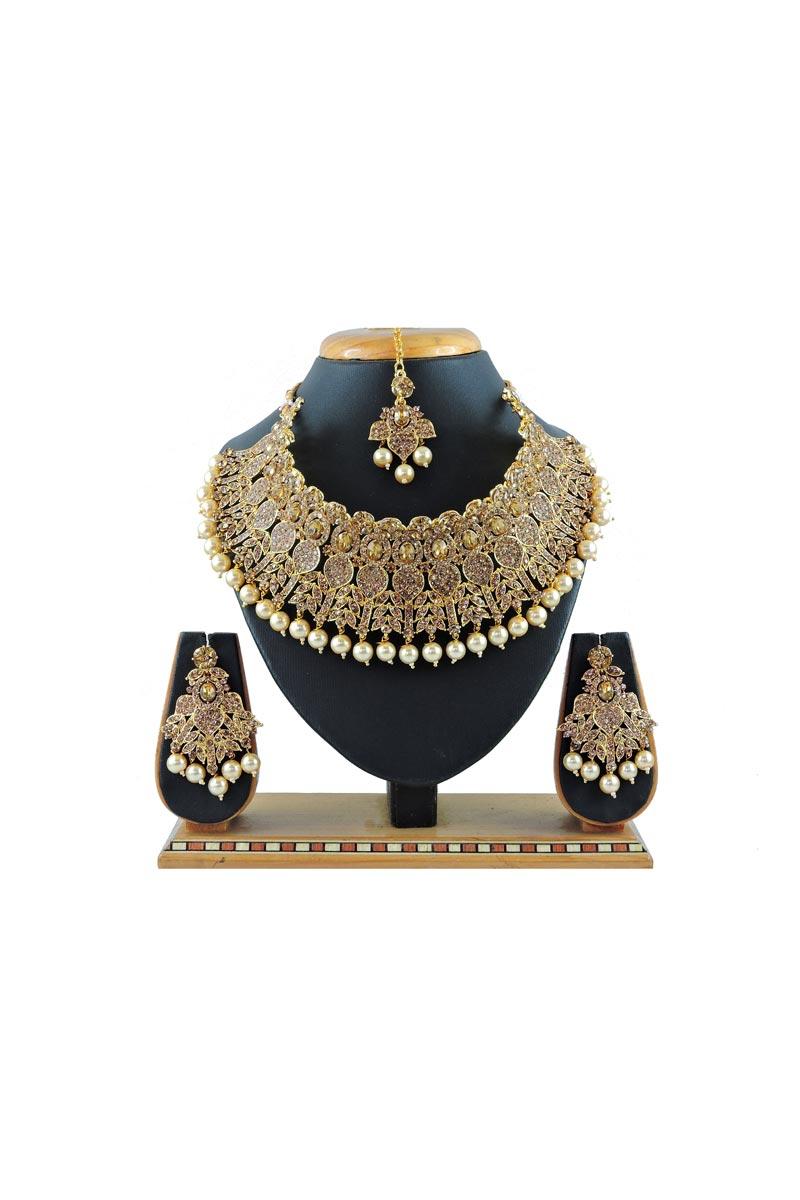 Golden Color Function Wear Fancy Alloy Metal Necklace Set