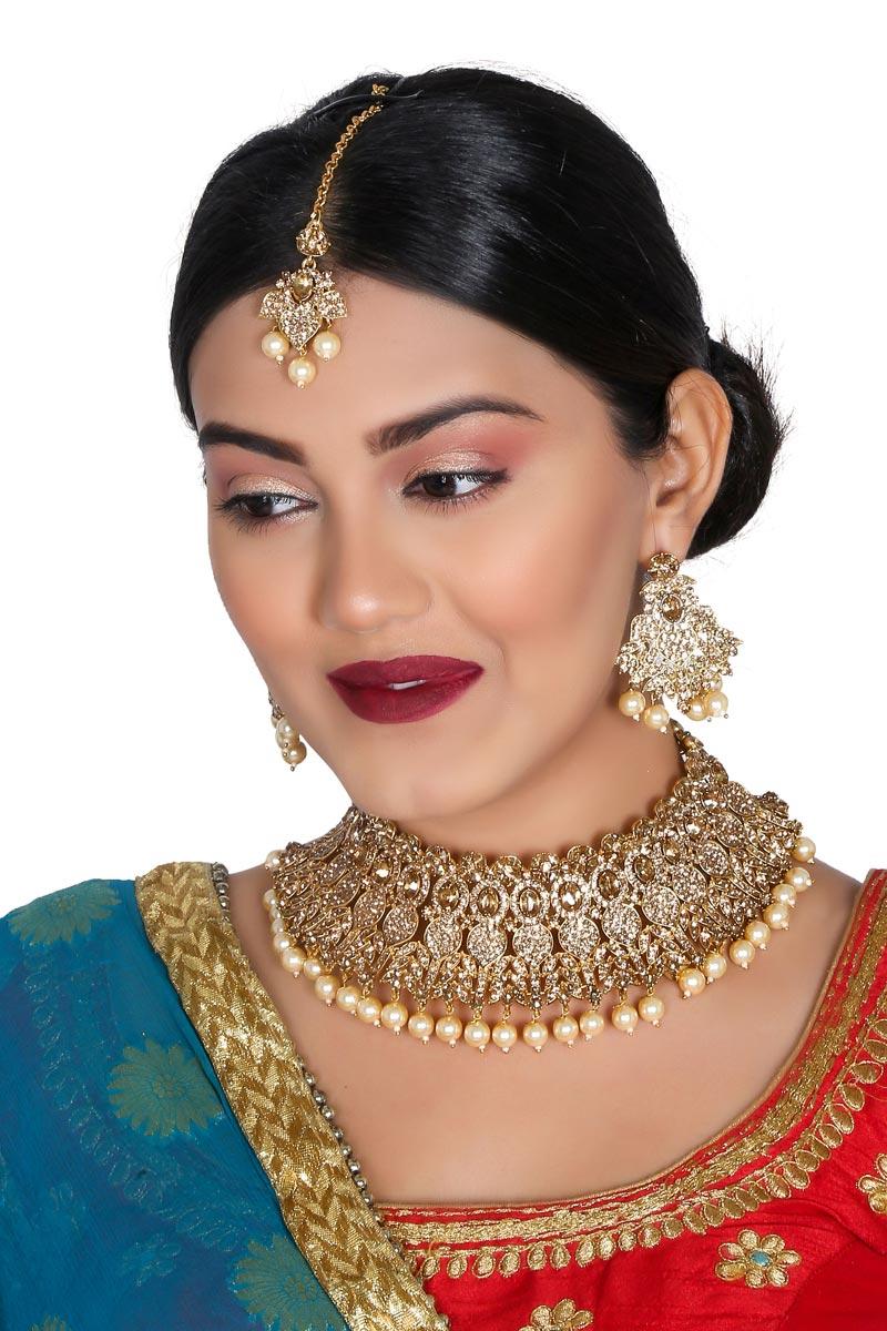Golden Color Function Wear Trendy Alloy Metal Necklace Set