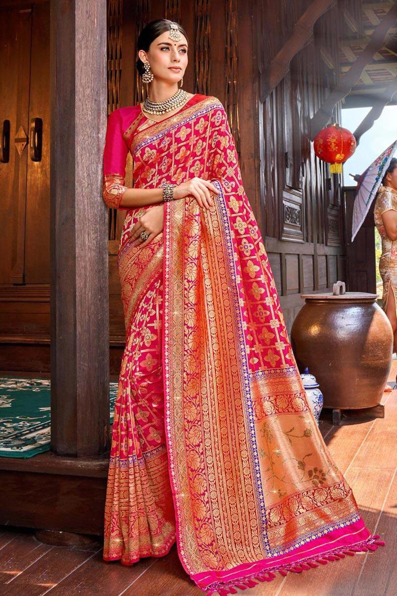 Rani Color Silk Fabric Function Wear Weaving Work Saree