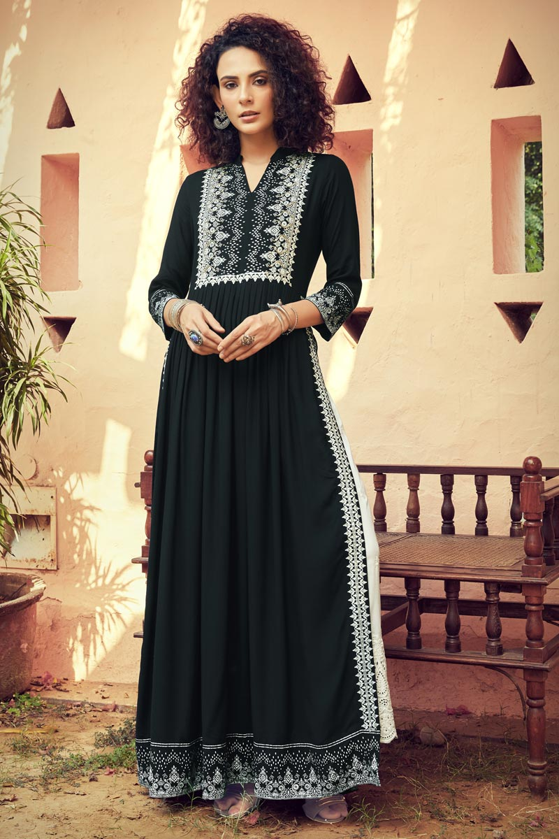 Black Color Party Wear Rayon Fabric Printed Long Kurti With Bottom
