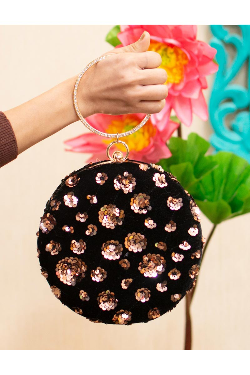 Black Color Trendy Party Style Round Shape Clutch Bag For Women