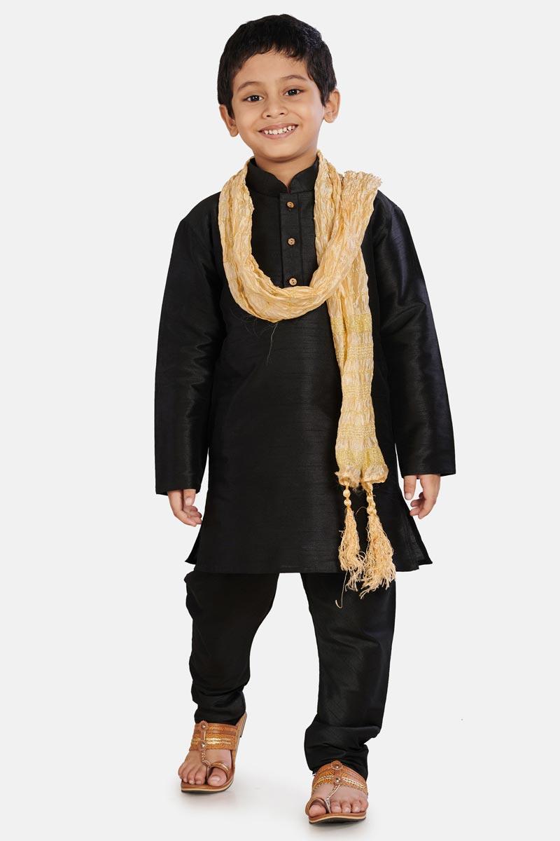 Traditional Wear Cotton Silk Fabric Fancy Kurta Pyjama For Boys